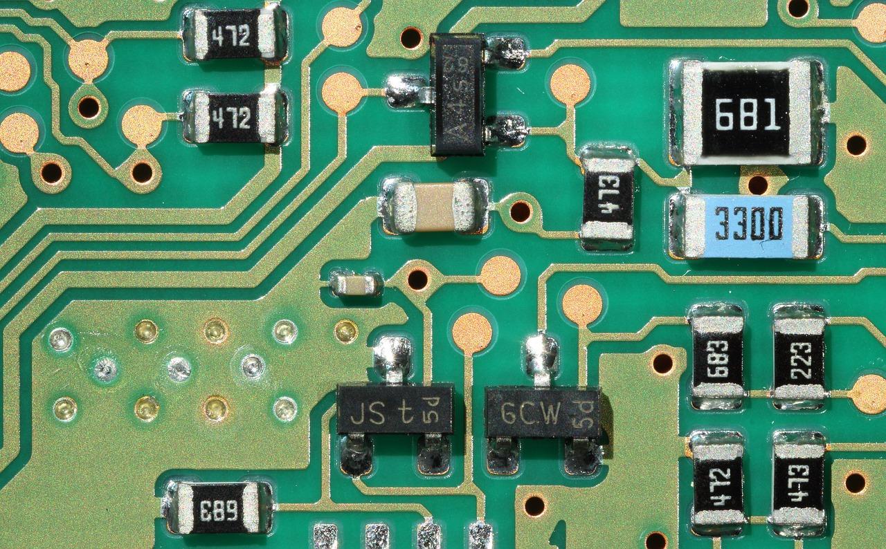 Khái niệm mạch điện tử cho người mới