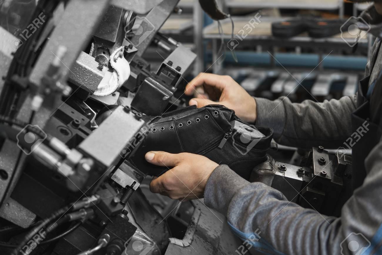 Xưởng gia công giày dép uy tín