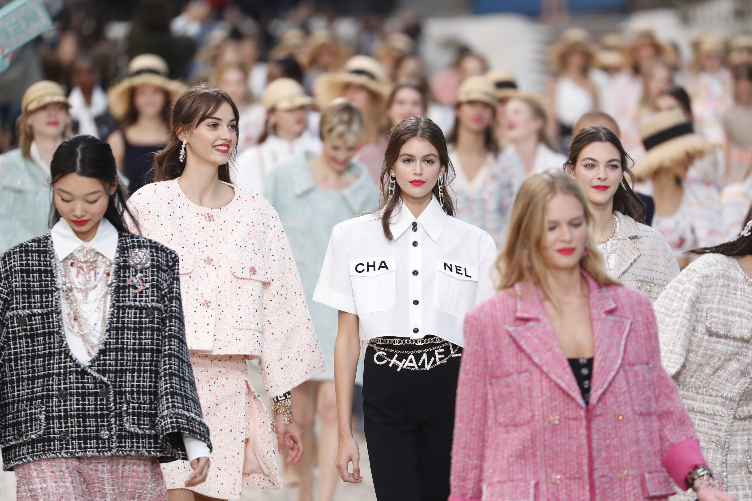 Paris Fashion Week 2020: How to Arrive in Paris in Style