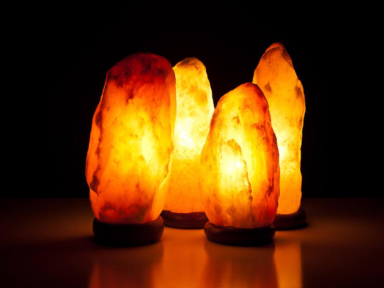Đèn đá muối Himalaya tự nhiên giá 90n/1kg - Sản phẩm Việt - Trường Giang
