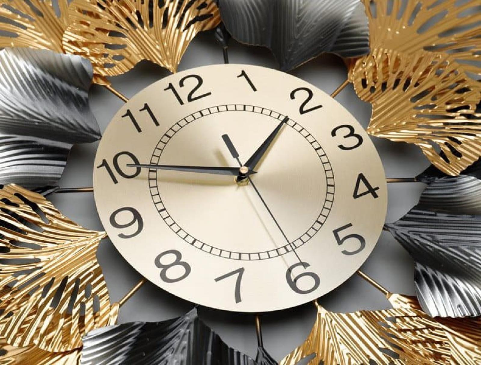 Đồng hồ treo tường hình hoa nghệ thuật đẹp 075