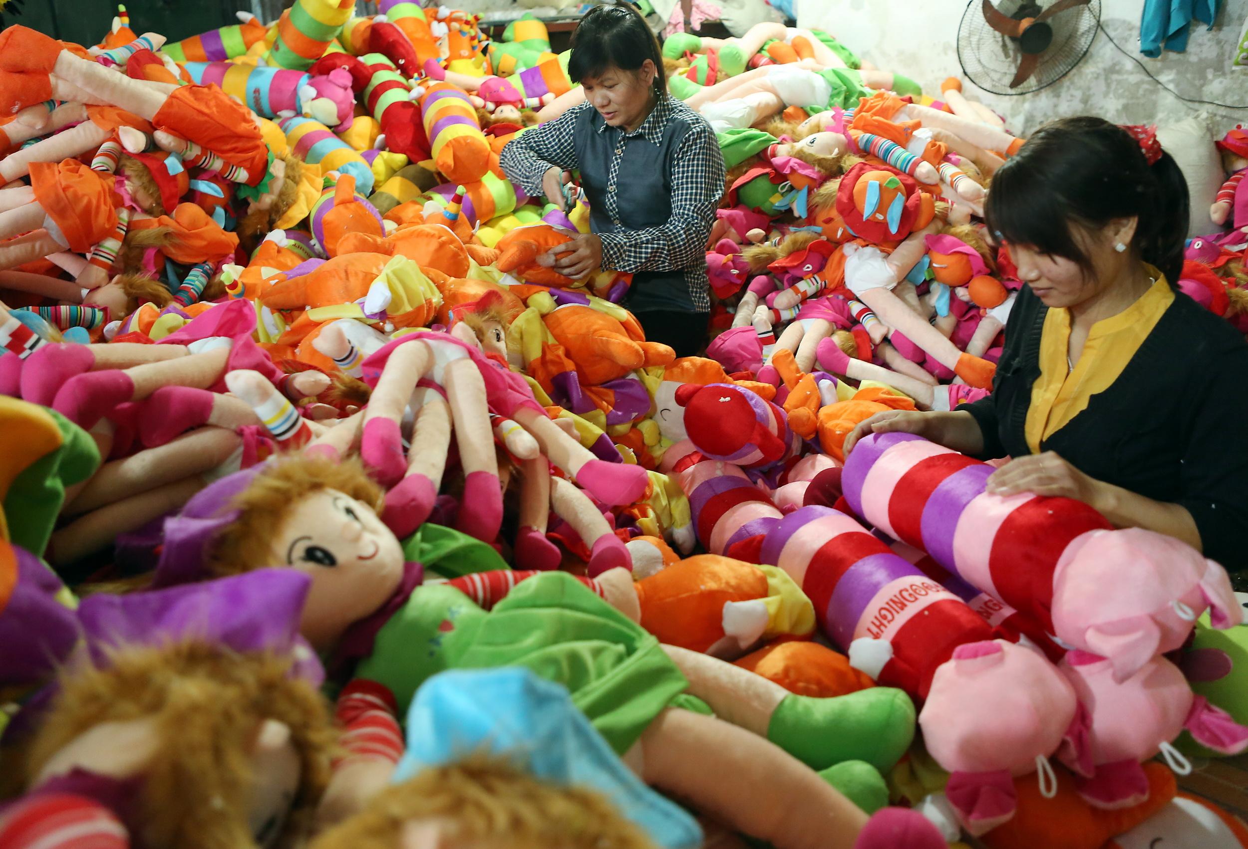 Xưởng sản xuất thú bông số lượng lớn, giá rẻ, chất lượng cao loại nào cũng có tại Tphcm - Công Ty Quà Tặng Doanh Nghiệp Bizgift