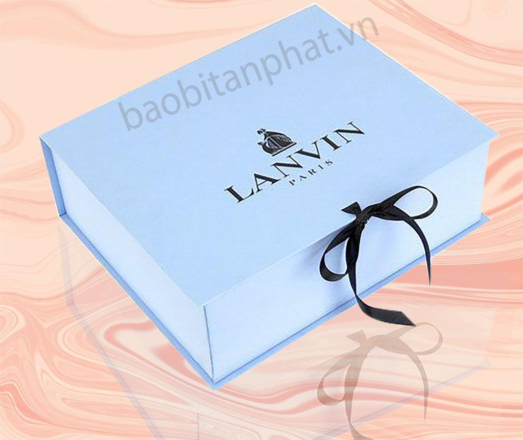 In hộp giấy cứng đựng quà cao cấp giá rẻ ở Hà Nội (Top 3+ lưu ý) | Xưởng in Tân Phát