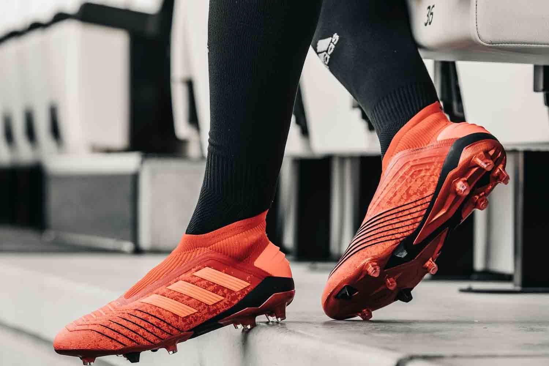 Top 7 Xưởng sản xuất giày bóng đá uy tín chất lượng