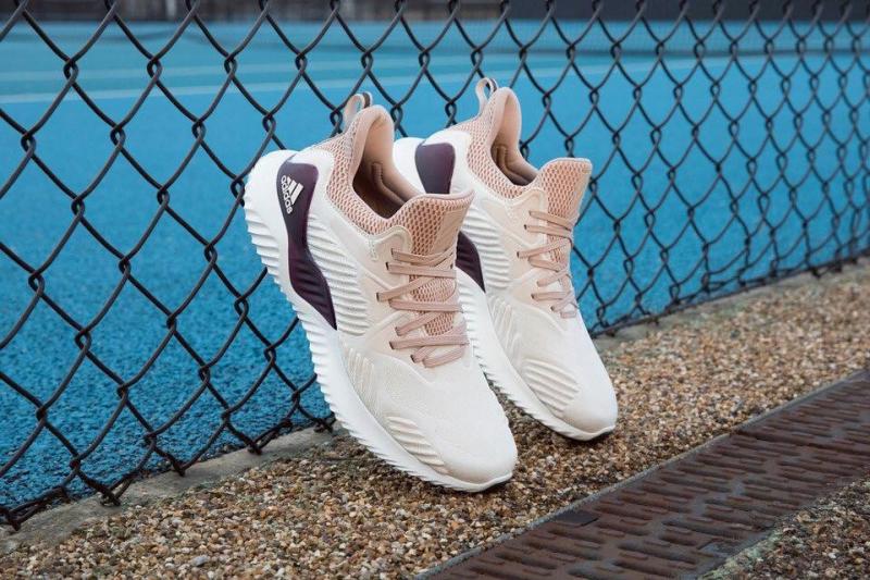 Top 6 Shop giày thể thao đẹp và chất lượng nhất tại Đà Lạt - Toplist.vn
