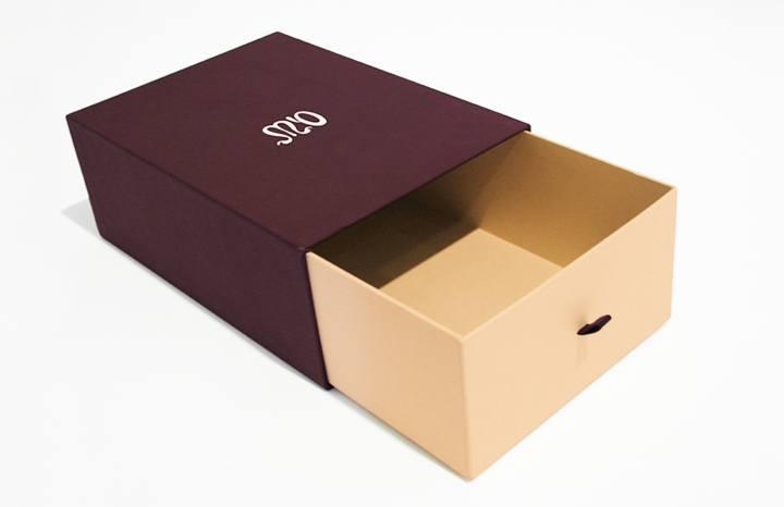 Top 10 Xưởng sản xuất hộp giấy đựng giày uy tín4